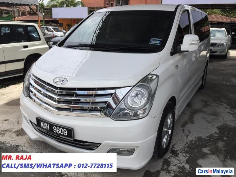 Picture of Hyundai Grand Starex Automatic 2013