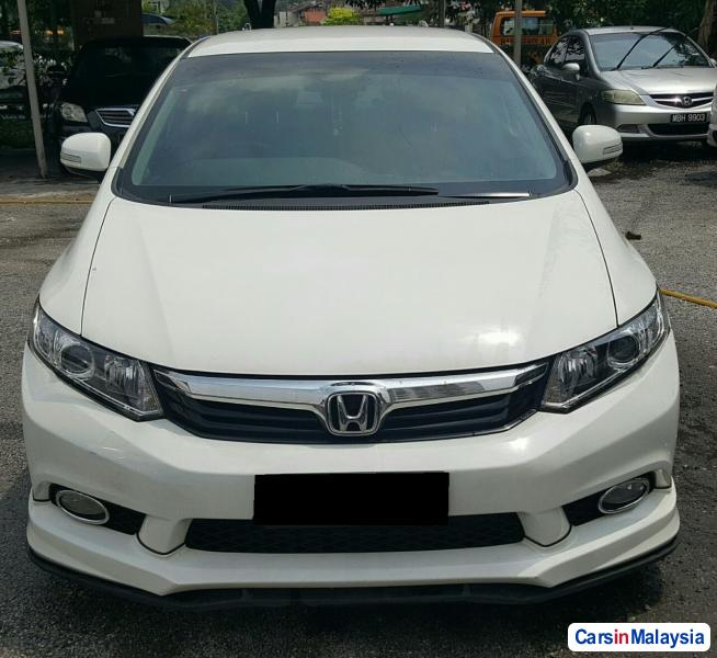 Pictures of Honda Civic Semi-Automatic 2013