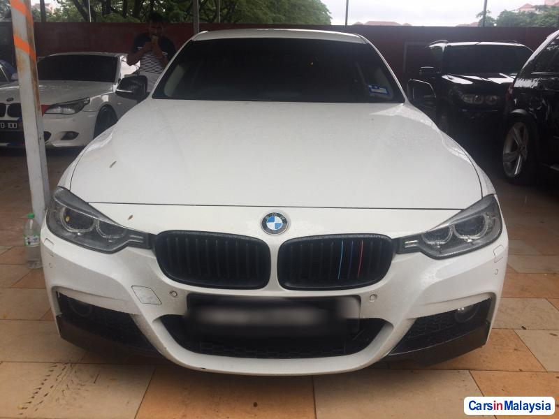 Picture of BMW 3 Series Automatic 2012