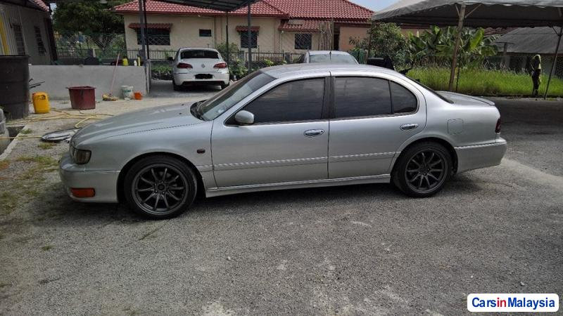 Picture of Nissan Cefiro v6 Automatic 2000