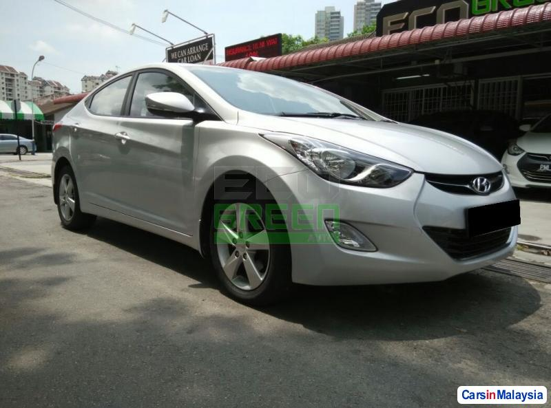 Picture of Hyundai Elantra Automatic 2012
