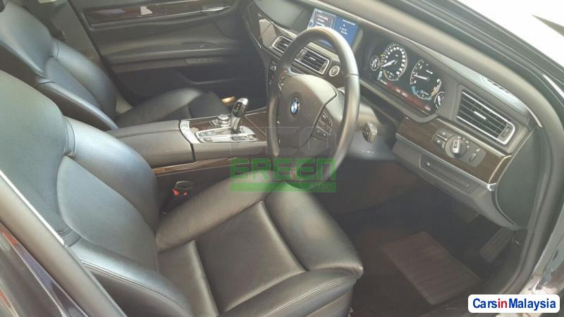 Picture of BMW 7 Series Automatic 2012 in Malaysia