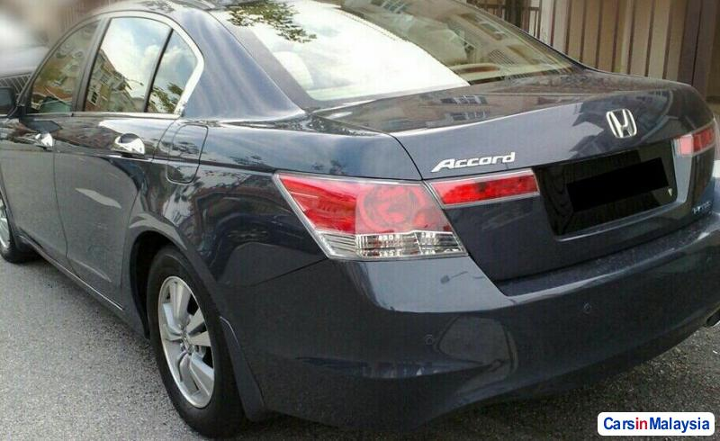 Picture of Honda Accord 2.0-LITER LUXURY SEDAN Automatic 2008