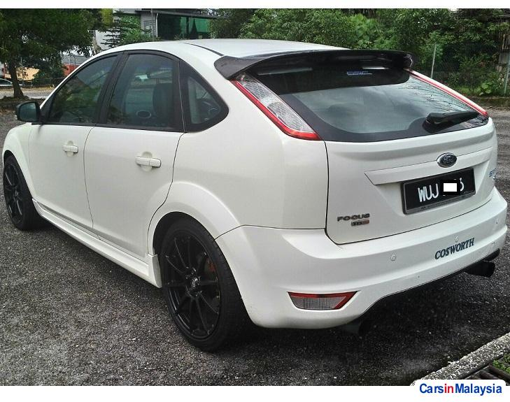 Pictures of Ford Focus Automatic 2011