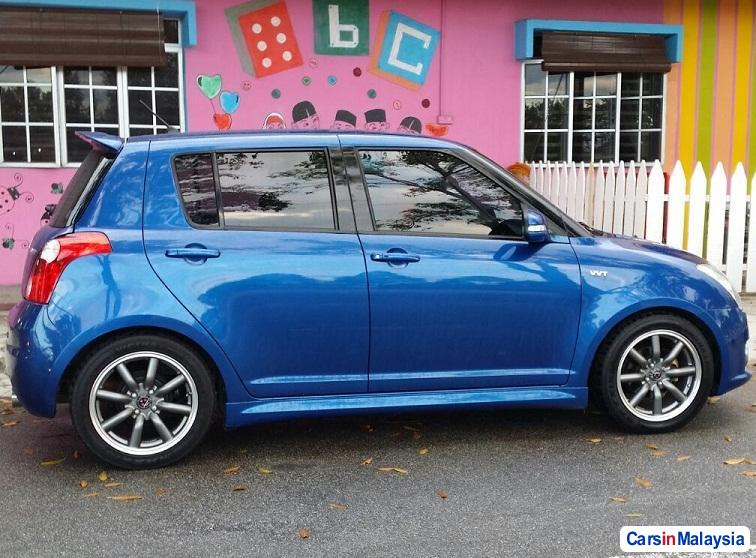 Picture of Suzuki Swift Automatic 2011