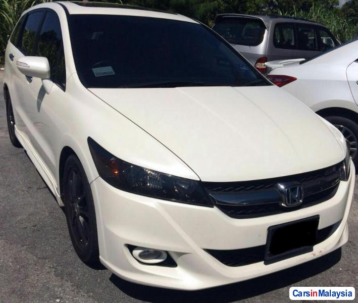 Picture of Honda Stream Automatic 2011
