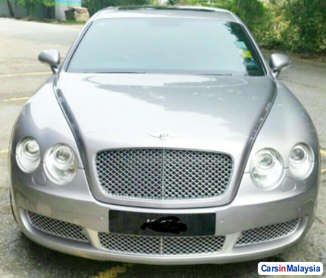 Picture of Bentley Continental Automatic 2012
