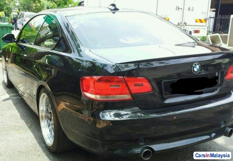 BMW 3 Series 2.8-LITER LUXURY SEDAN Automatic 2010 in Selangor