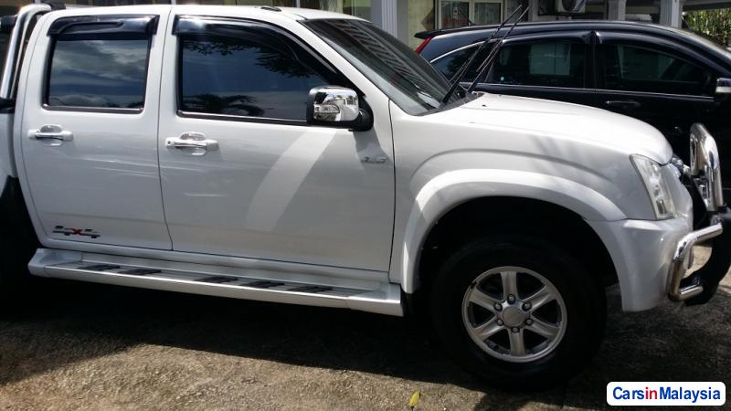 Picture of Isuzu D-Max Manual 2012 in Selangor