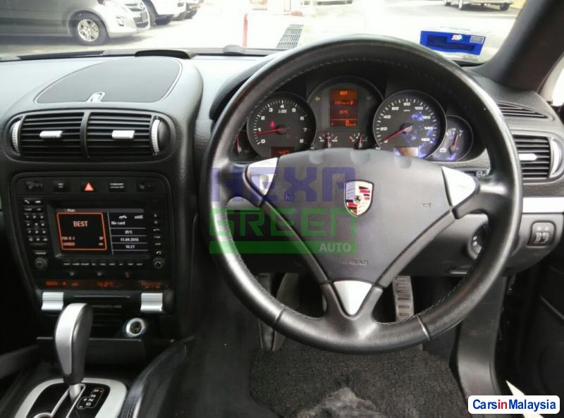 Porsche Cayenne Automatic 2008 - image 10