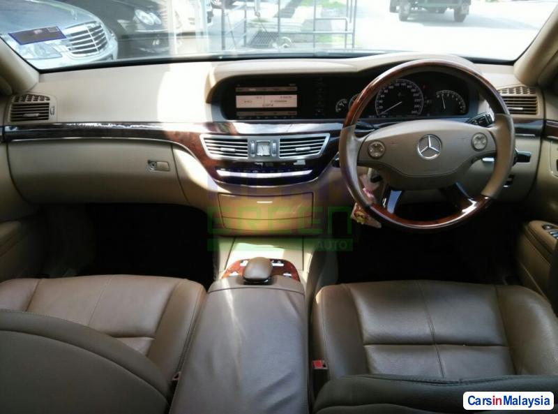 Mercedes Benz S300 Automatic 2007 - image 10