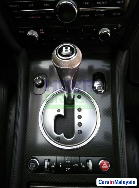 Bentley Continental GT Automatic 2010 - image 11