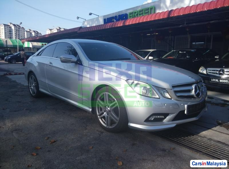 Picture of Mercedes Benz E250 Coupe Automatic 2009