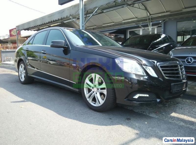 Picture of Mercedes Benz E250 CGI Automatic 2010