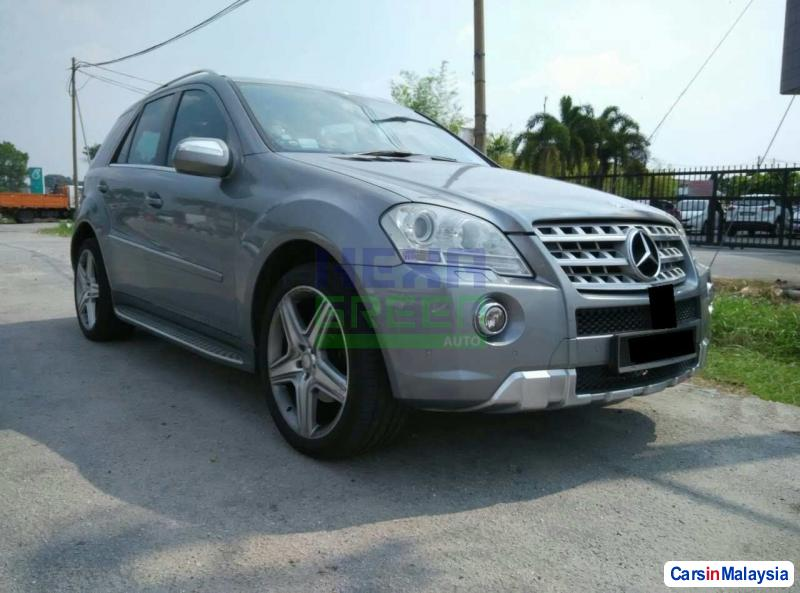 Pictures of Mercedes Benz 350SL Automatic 2009