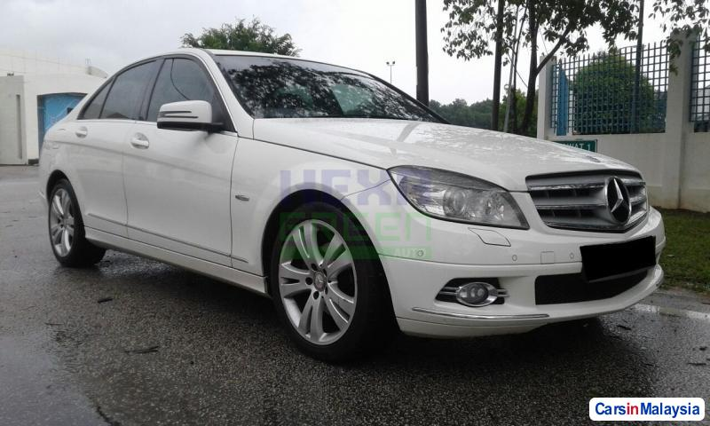 Picture of Mercedes Benz C-Class 2011