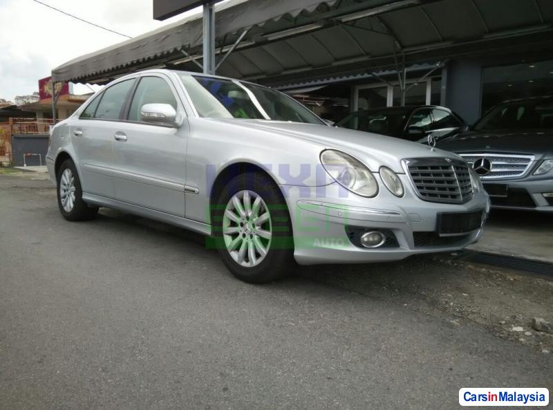 Picture of Mercedes Benz E200K Automatic 2008