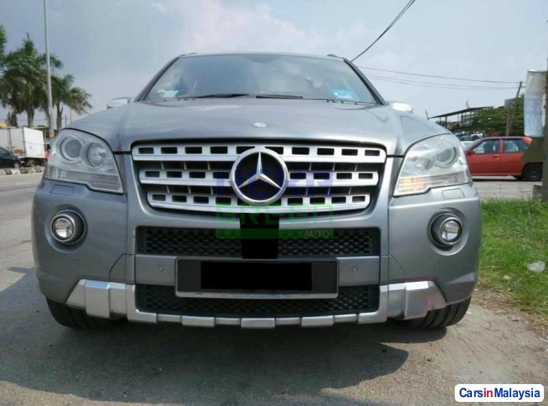Mercedes Benz 350SL Automatic 2009