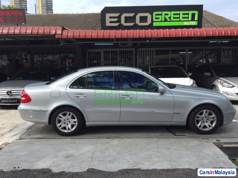 Mercedes Benz E200K Automatic 2006 in Penang