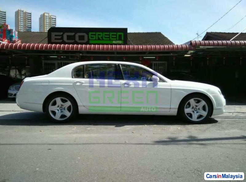 Bentley Flying Spur Automatic 2006 in Penang