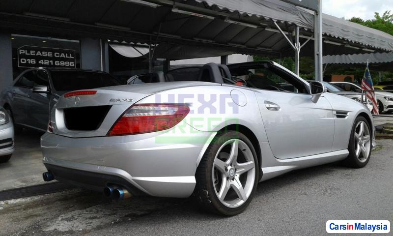 Mercedes Benz SLK200 Automatic 2012 in Malaysia