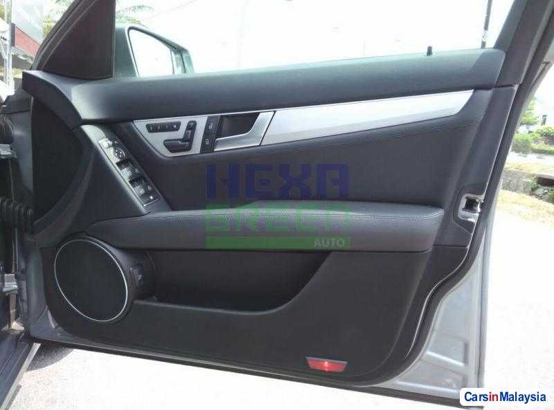 Mercedes Benz C-Class Automatic 2014 in Penang - image