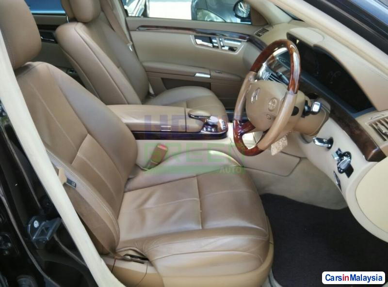 Mercedes Benz S300 Automatic 2007 in Malaysia - image