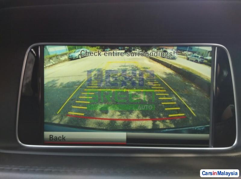 Mercedes Benz E200 CGI Automatic 2014 - image 9