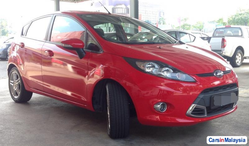 Picture of Ford Fiesta Automatic 2011