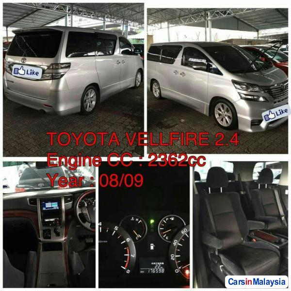 Picture of Toyota Estima Automatic 2008