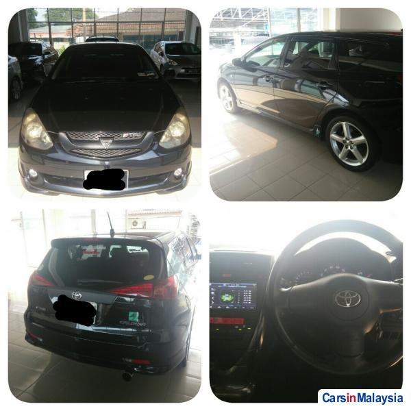 Pictures of Toyota Caldina Automatic 2005