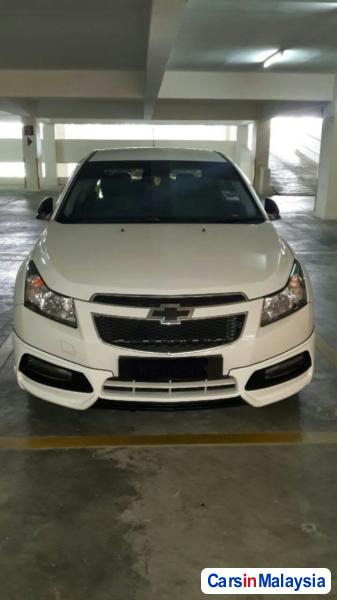 Pictures of Chevrolet Cruze Automatic 2011