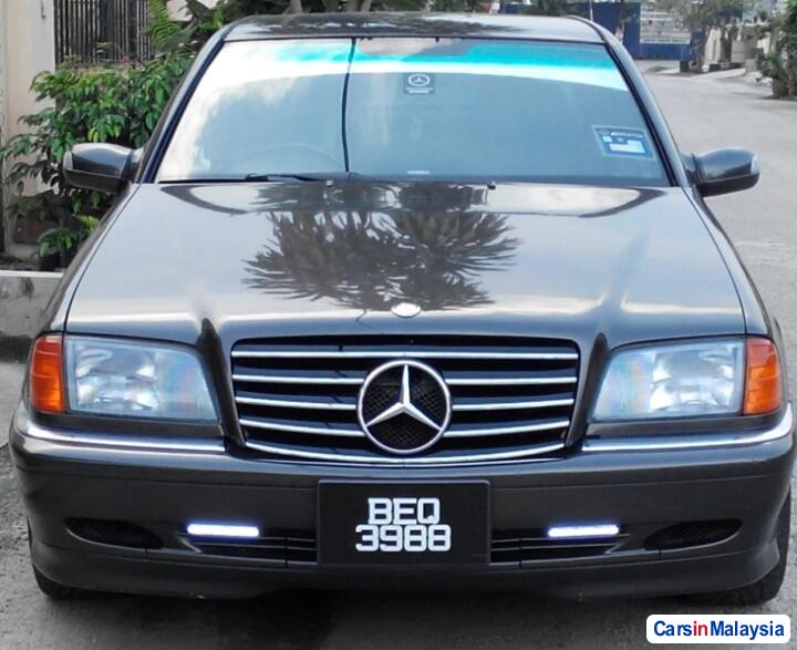 Pictures of Mercedes Benz C-Class Automatic 1995