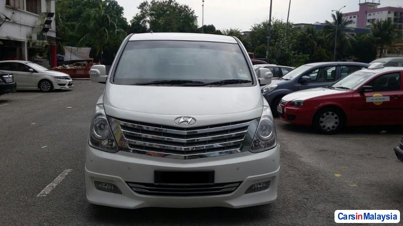 Picture of Hyundai Starex Automatic 2014