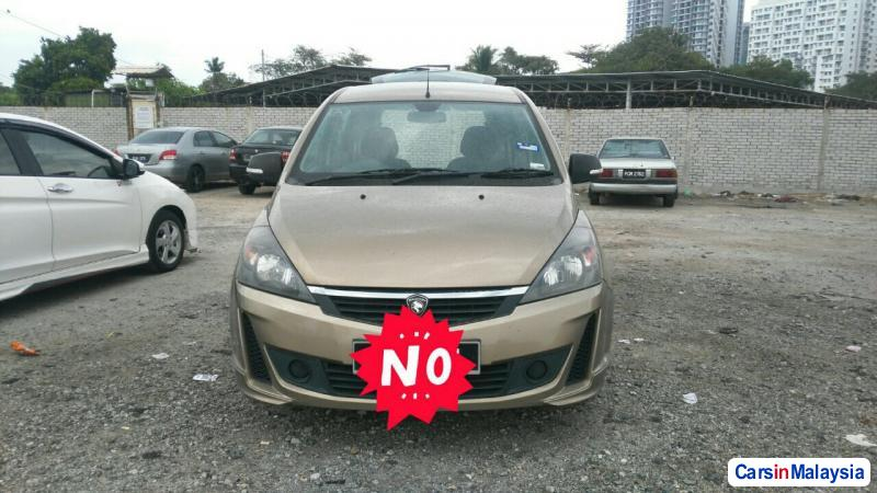 Pictures of Proton Exora Automatic 2013