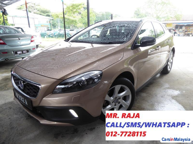 Picture of Volvo V40 Automatic 2013