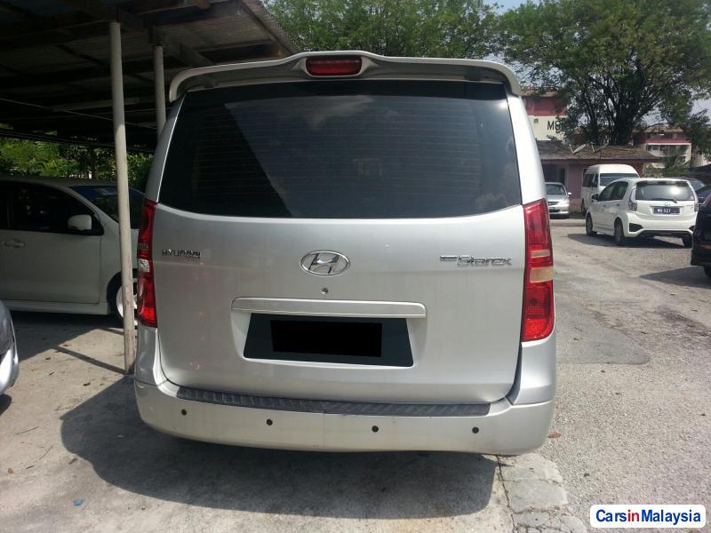 Hyundai Starex Automatic 2009 in Kuala Lumpur