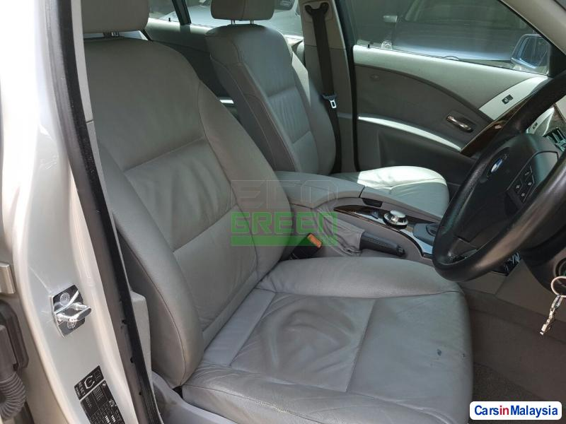 BMW 5 Series Automatic 2005 - image 9