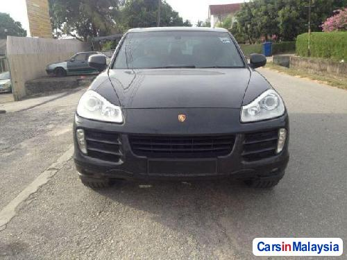 Pictures of Porsche Cayenne 2008