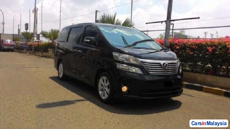 Picture of Toyota Vellfire Automatic 2015