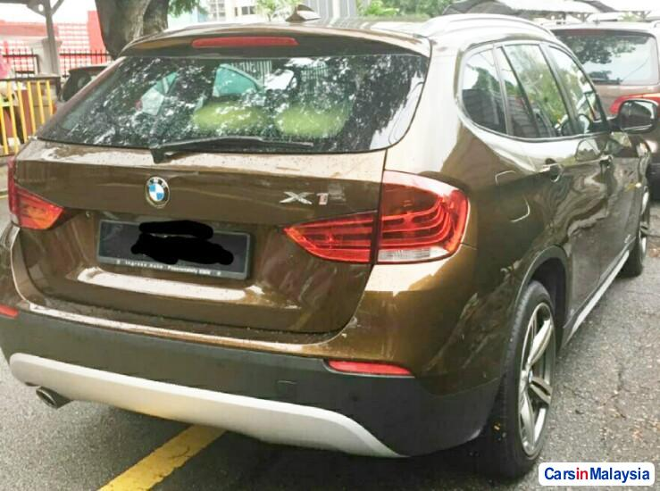 BMW X 2.0-LITER LUXURY FAMILY SUV Automatic 2011 - image 12