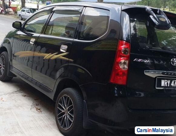 Pictures of Toyota Avanza Manual 2009