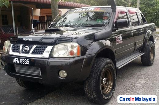 Picture of Nissan Frontier Manual 2010