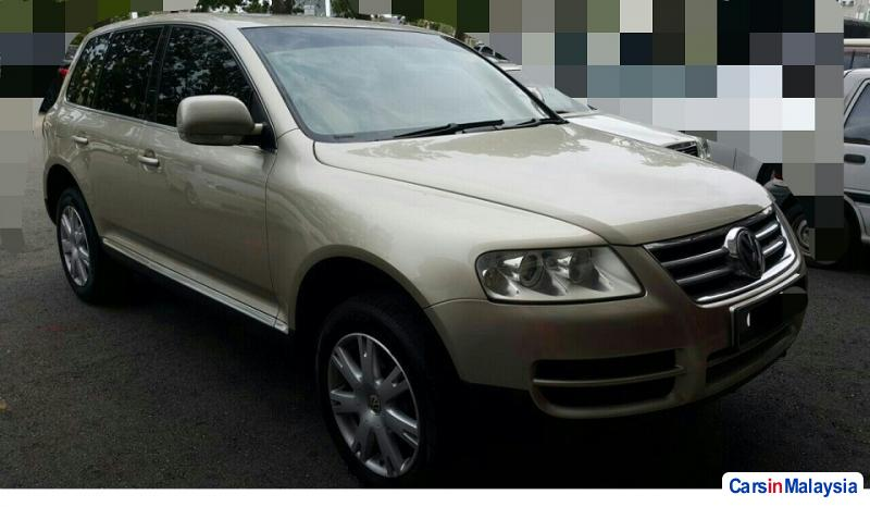 Picture of Volkswagen Touareg Automatic 2010