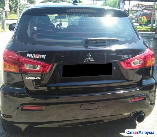 Pictures of Mitsubishi ASX 2.0-LITER LUXURY SUV Automatic 2013
