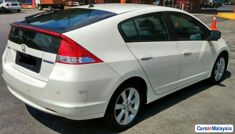 Picture of Honda Insight 1.3-LITER ECONOMY HYBRID Automatic 2011