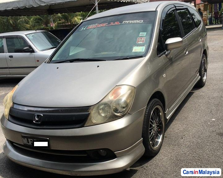 Picture of Honda Stream Automatic 2005