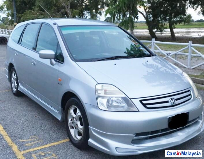 Pictures of Honda Stream 1.7-LITER MPV Automatic 2003