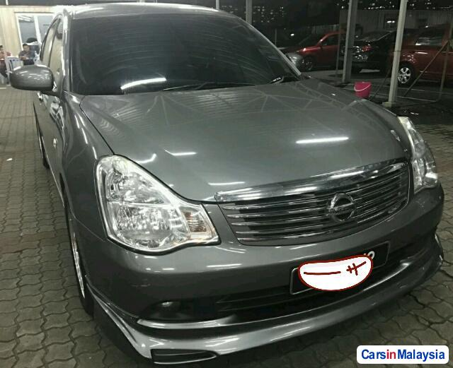 Picture of Nissan Sylphy 1.8-LITER LUXURY SEDAN Automatic 2011