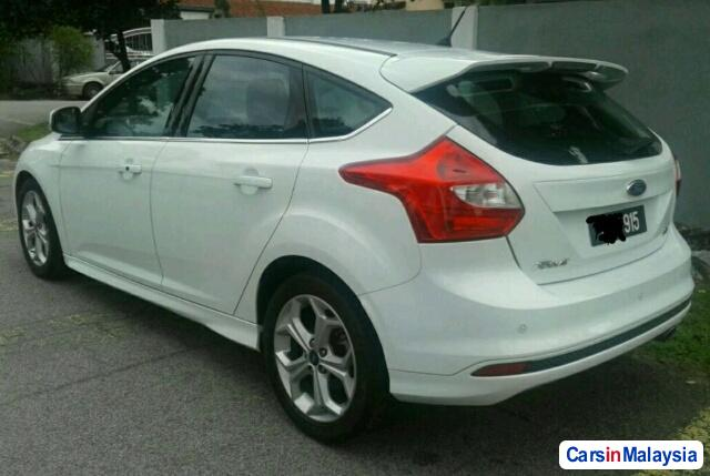 Picture of Ford Focus 2.0-LITER LUXURY SEDAN Automatic 2014